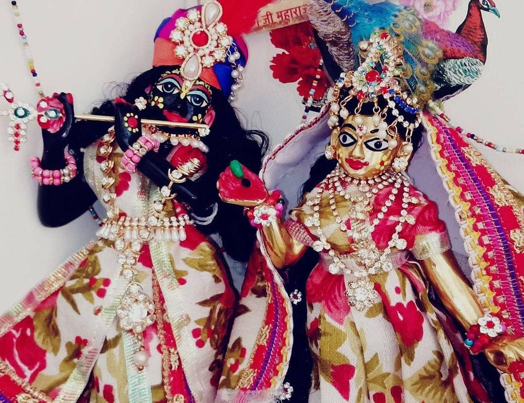 Radha Rani Best Images