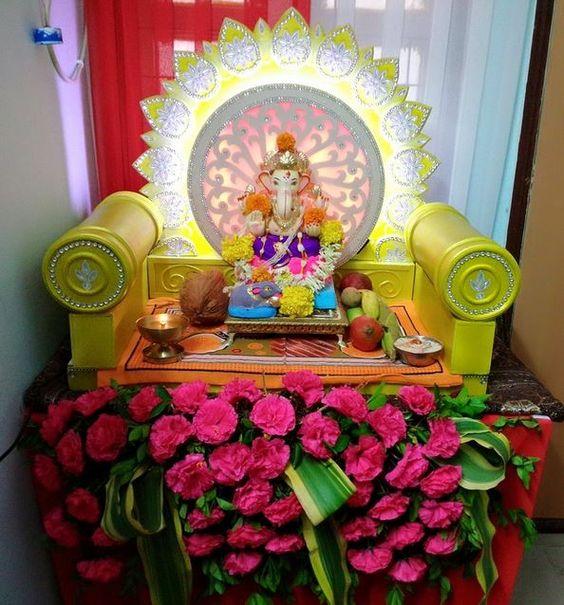 Simple Ganpati Decoration Pics at Home