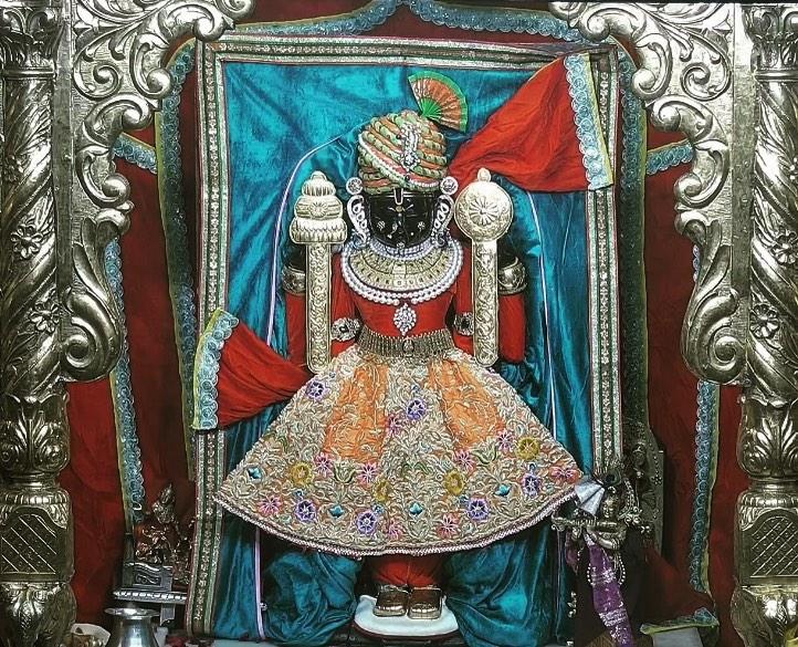 Dwarkadhish God Temple Photo