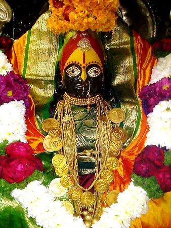 Shri Tulja Bhavani Wallpapers free download for desktop